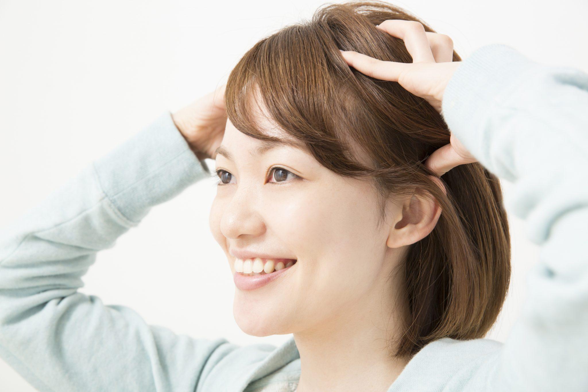 でこぼこ 頭皮 かゆみ フケ、かゆみ、できもの、かさぶた…「頭皮湿疹」の原因と対策を医師が解説!セルフケアから皮膚科での治療まで